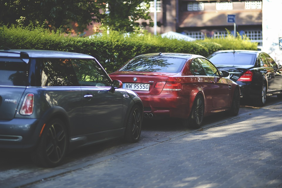 cars-on-street-parked