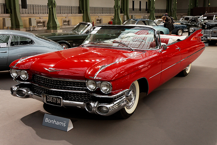 110_ans_de_lautomobile_au_grand_palais_-_cadillac_series_62_coupe_deville_-_1959_-_002